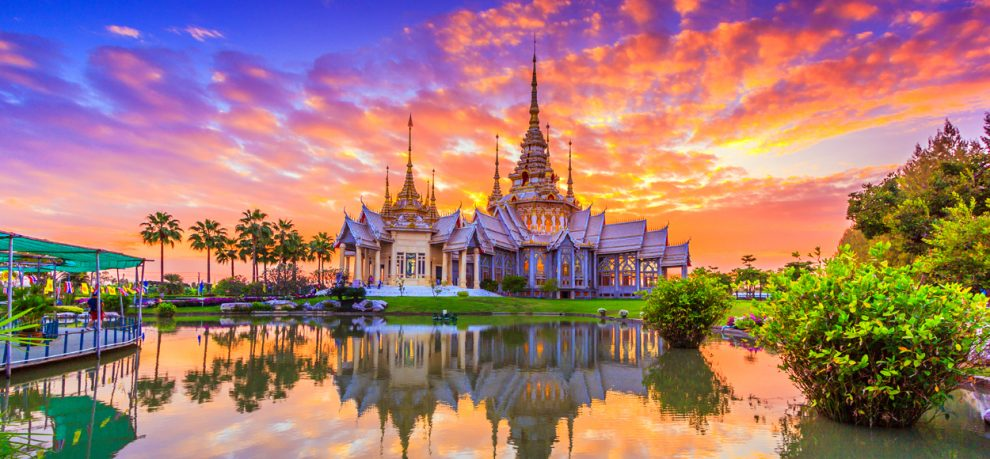 5 Benefits to Working in Thailand after College